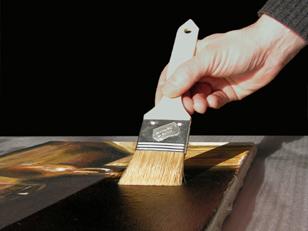 diensten schilderijenrestauratie vernis aanbrengen op schilderij