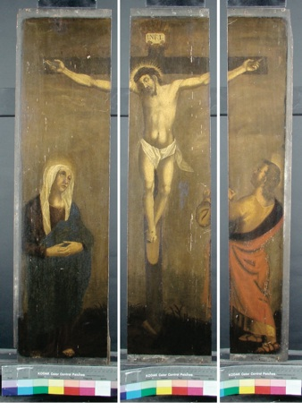 restauratie-Kruisiging voor behandeling